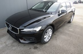 Volvo V60 D3 Momentum Geartronic bei Autohaus L.E.B in
