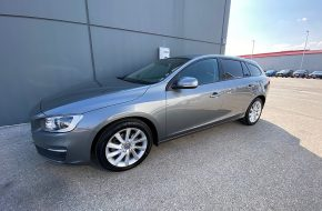 Volvo V60 D3 Kinetic bei Autohaus L.E.B in