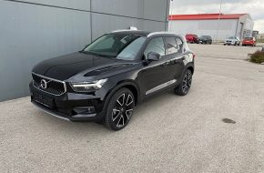 Volvo XC40 B4 AWD Momentum Pro Geartronic bei Autohaus L.E.B in