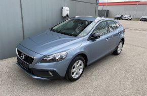 Volvo V40 Cross Country D2 Kinetic bei Autohaus L.E.B in